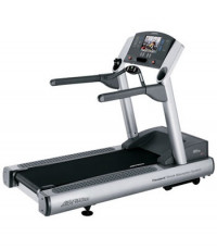 Life Fitness 95te Treadmill- CS